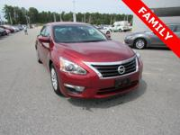 LEATHER SEATS, SUNROOF/MOONROOF, *NAVIGATION* (NAVI/