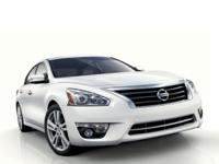 ** 2015 Nissan Altima in Red AURORA NAPERVILLE**, CVT