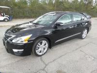 NISSAN ALTIMA SL IN BLACK CLEAN CARFAX NO ACCIDENTS,