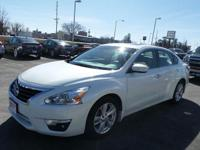One Owner Trade from Chatfield! This Nissan Altima SL