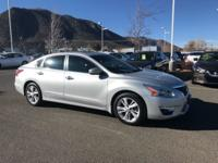 Climb inside the 2015 Nissan Altima! A practical