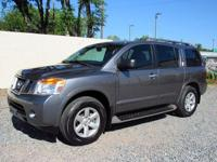 2015 nissan armada sv - 46k miles - clean no accident