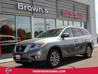 2015 PATHFINDER SV 4WD ** ONE OWNER ** BLUETOOTH **