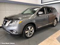ONE OWNER NISSAN PATHFINDER PLATINUM 4X4! Loaded with