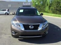 2015 Nissan Pathfinder Platinum 3.5L V6 Please contact