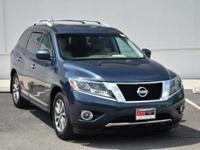 CARFAX One-Owner. Arctic Blue Metallic 2015 Nissan