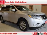2015 Nissan Pathfinder S Brilliant Silver Bluetooth,