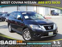 Take command of the road in the 2015 Nissan Pathfinder!