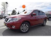 Options:  2015 Nissan Pathfinder |Red|34|981