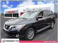 This 2015 Nissan Pathfinder SL has an exterior color of