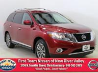 Cayenne Red 2015 Nissan Pathfinder SL CVT with Xtronic