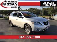 2015 Nissan Pathfinder SV CARFAX One-Owner.26/19