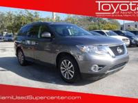 Options:  2015 Nissan Pathfinder Sv|Gray/|V6 3.5 L