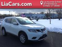 2015 Nissan Rogue in Pearl White, Carfax Certified!, 1