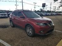Cayenne Red 2015 Nissan Rogue SL FWD CVT with Xtronic