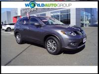 You'll love the look and feel of this 2015 Nissan Rogue