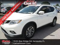 This 2015 Nissan Rogue SL in Pearl White features: