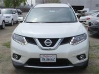 Options:  2015 Nissan Rogue Sl|White|Carfax One-Owner.