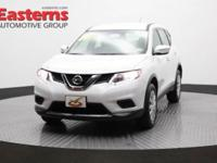 2015 4D Sport Utility White 2015 Nissan Rogue S AWD