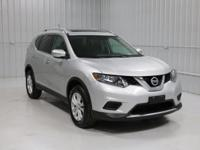 Options:  2015 Nissan Rogue Sv|Silver/Charcoal|V4 2.5 L