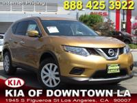 Outstanding design defines the 2015 Nissan Rogue! It