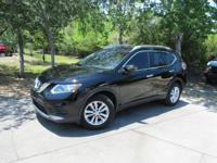 This 2015 Nissan Rogue 4dr FWD 4dr SV features a 2.5L 4