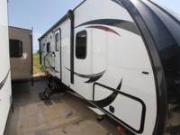 2015 NORTH TRAIL 22RBK BUMPER PULL OUTSIDE KITCHEN