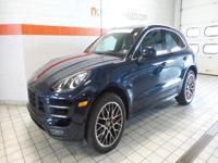 Beatiful 2015 Porsche Macan Turbo finished in Dark Blue