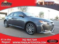 FUEL EFFICIENT 31 MPG Hwy/23 MPG City! CARFAX 1-Owner,