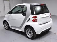 2015 smart Fortwo Pure. Pure Package (Air Conditioning,