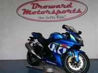 2015 Suzuki GSX-R1000 BRAND NEW 2015!! Financing is