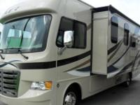Used 2015 Thor Motor Coach ACE 29.2 in Saugus, CA. This