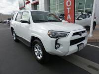 New Arrival! LOW MILES, -Backup Camera -4X4 4WD