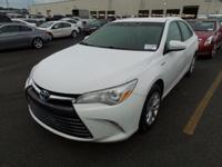 2015 Silver Toyota Camry Hybrid LE Great Condition,