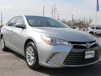 2015 Toyota Camry FWD 6-Speed Automatic 2.5L I4 SMPI