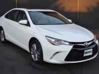 This 2015 Toyota Camry 4dr 4dr Sedan I4 Automatic SE