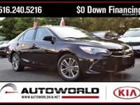 Black 2015 Toyota Camry SE FWD 6-Speed Automatic 2.5L