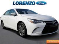 Options:  2015 Toyota Camry Se|White/|V4 2.5 L