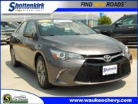 Options:  2015 Toyota Camry Se|Se 4Dr Sedan|***Se|Back