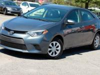 This 2015 Toyota Corolla 4dr 4dr Sedan Automatic L