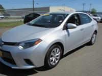FUEL EFFICIENT 38 MPG Hwy/29 MPG City! CARFAX 1-Owner.