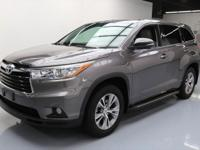 2015 Toyota Highlander with 3.5L V6 DI Engine,Automatic