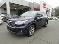 2015 Toyota Highlander XLE V6 AWD, 1-OWNER AND ACCIDENT