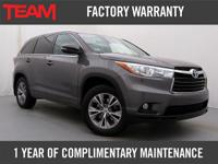 Very Clean 2015 Highlander XLE featuring Seating for 8,