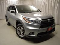 New Price! 2015 Toyota Highlander CARFAX One-Owner.