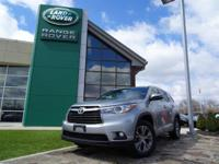 Very nice condition 1-owner 2015 Toyota Highlander XLE