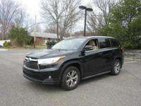 New Arrival! AWD, CarFax One Owner! Multi-Zone Air