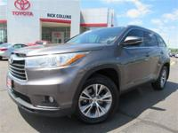 Navigation and all wheel drive!! This 2015 Toyota