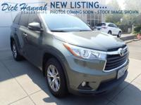 **** ONE OWNER **** XLE w/ Navigation * All wheel drive