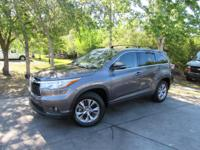 Options:  2015 Toyota Highlander Xle|This 2015 Toyota
